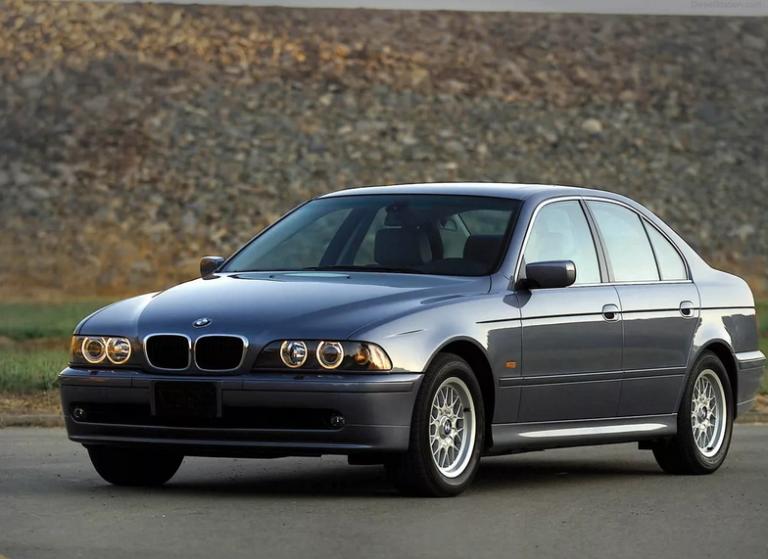 BMW 525i : технические характеристики